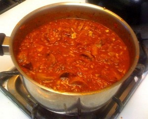 Funky Vegan Spaghetti with Marinara and Italian Sausage Pot