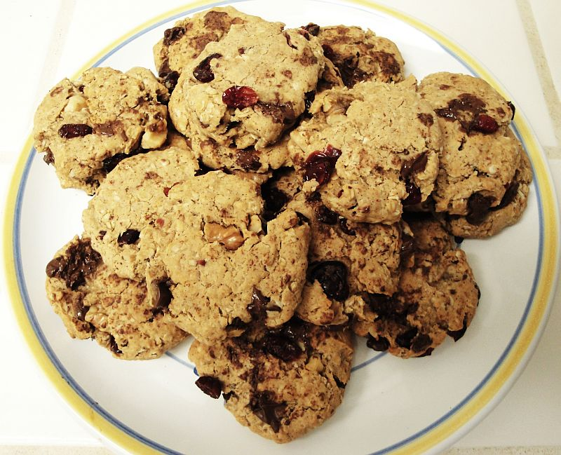 Vegan Oatmeal Craisin Chocolate Chip Cookies With Walnuts