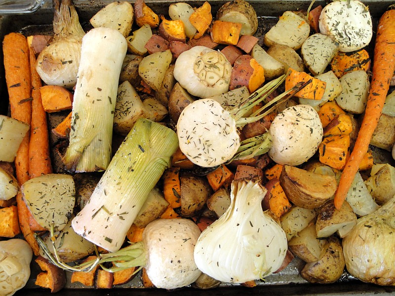 Roasting Vegetables Potatoes Carrots Garlic Onions